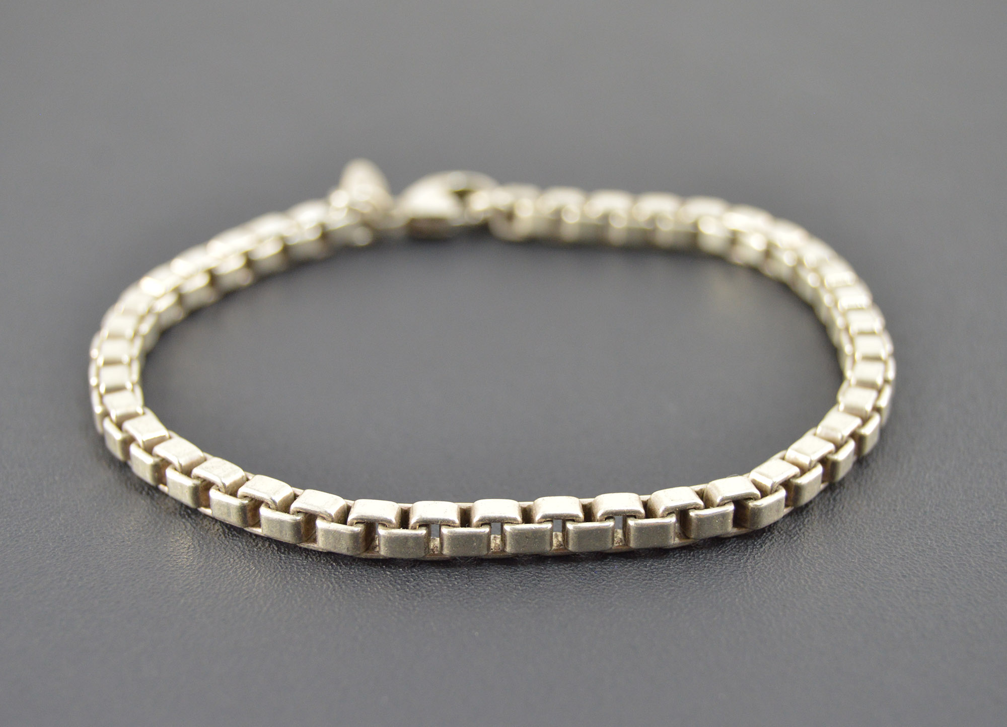 27d12a407 15.9g Solid Silver Tiffany & Co. High Retail Value Heavy Seamless ...