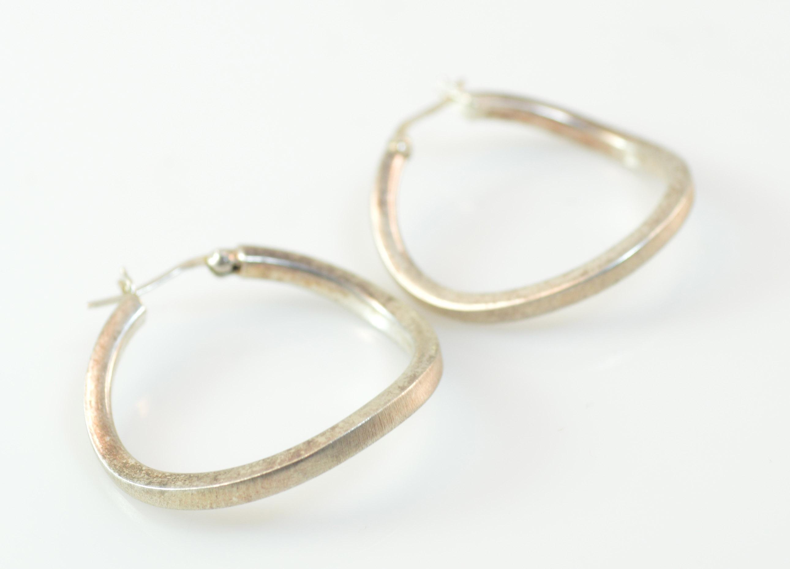 6g Solid Silver Curved Hinged Back Hoop Sterling Earrings Marked 925