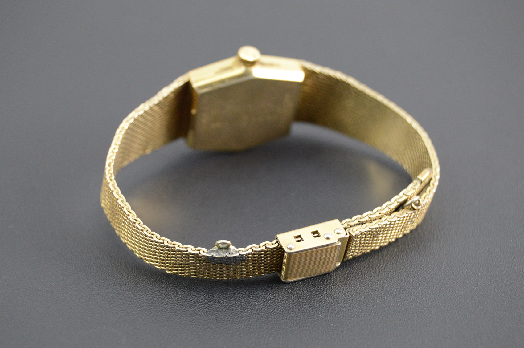 Bulova Accutron 10k Gold Plated Gold Filled Mesh Strap 18