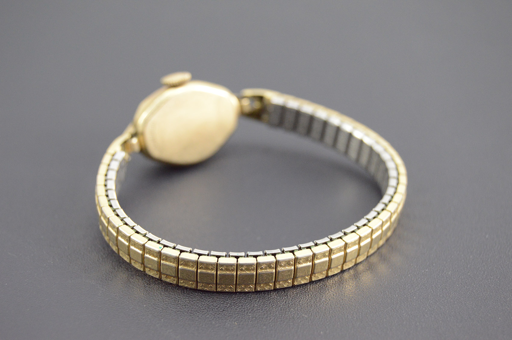 elgin 10k gold filled art deco style stretch band square