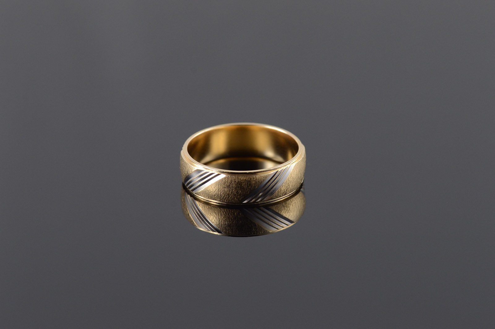 Image 1 Of 4 Starts Cost 14k 6mm Twist Two Tone: Twisted Two Tone Wedding Bands At Websimilar.org