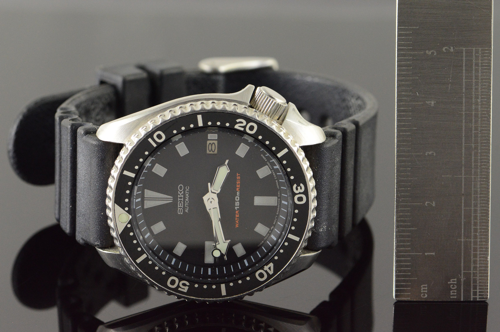 Vintage 42mm Seiko Automatic Dive Watch 150m 7002-7009 Watch - Men's