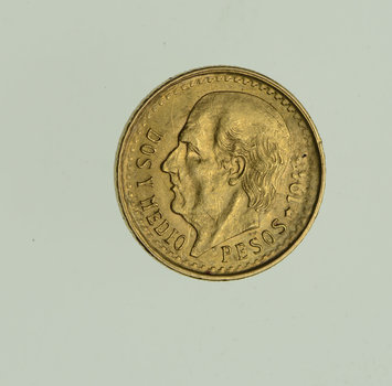 1943 Mexico 2 1/2 Pesos - World Gold Coin