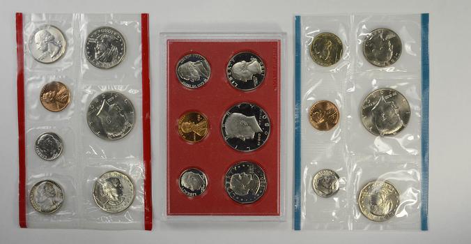 1980 US Proof & Mint Sets - Coin Collection Bundle - 2 Sets - 1 Price