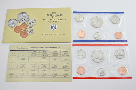 1990 Official U.S. Uncirculated Coin Mint Set - 10 Coins P & D