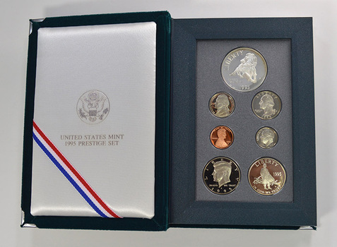 1995 Civil War US Mint - Prestige Proof Set - Includes Civil War Commemorative Silver Dollar & Half Dollar