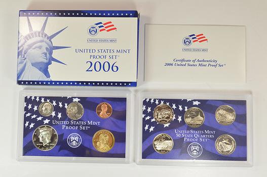 2006-S Deep Cameo Proof Set - Includes 5 State Quarters, Golden Sacagawea