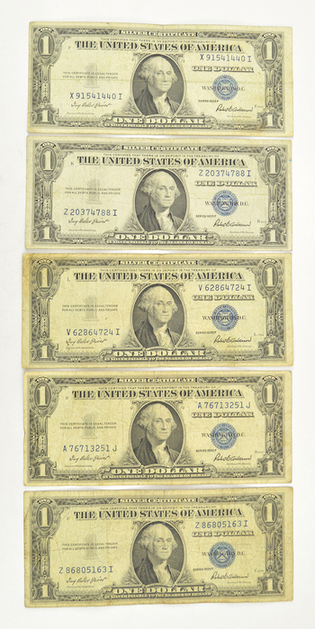 5 x 1935 $1.00 Silver Certificate Dollar Bills - Blue Seal! - Five Notes Total