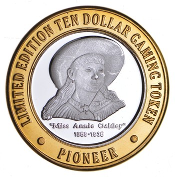 .999 Fine Silver Center Pioneer Hotel Casino Chip Limited Edition $ 10 Token - Rare - Approx 0.60 T Oz ASW