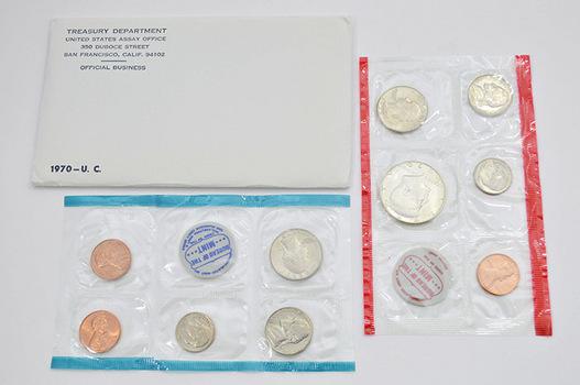 BETTER - 1970-D U.S. Mint Set with 40% Silver Kennedy Half Dollar - Key Date of Halves