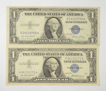 Lot 2 Crisp - 1935-E & 1957 United States Dollar Currency $1.00 Silver Certificate