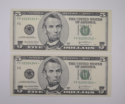 Lot of 2 **Star** Consecutively Serial Numbered $5.00 2003 Notes - Crisp Unc - Error Replacement Notes