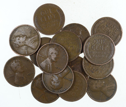 Mystery Lot of 15 1920-1929 Early Lincoln Wheat Cents