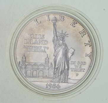 SILVER Unc 1986-P Statue Of Liberty Centennial Commemorative US Silver Dollar - 90% Silver - Collectible