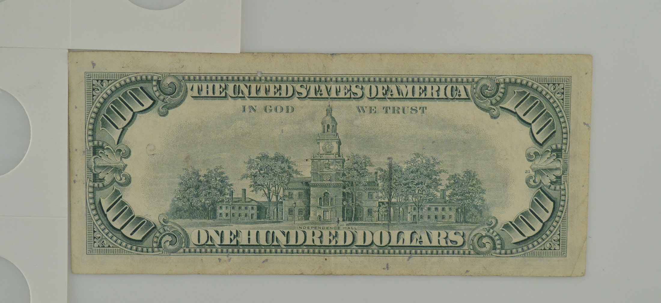 Series 1977 Star $100 Dollars Federal Reserve Note | Property Room