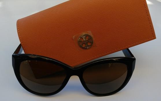 Tory Burch Black Full Rim Sunglasses