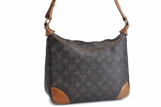 Louis Vuitton Monogram Boulogne 30 Handbag MSRP $2700 Shoulder Bag MSRP