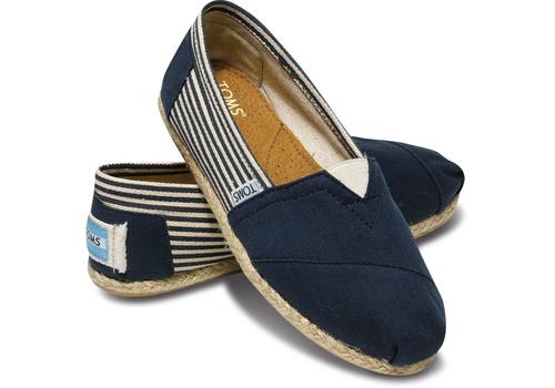 TOMS - Men's Classic University Navy Slip On - Size 12