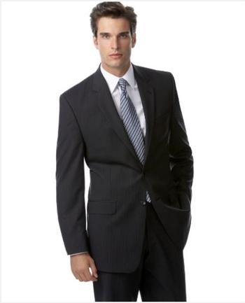 Men's Designer Dark Navy Faint Stripe Wool Blend Suit - Size 48R/32 - $649.00 Retail