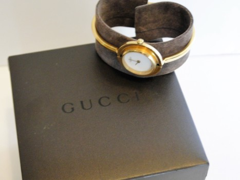 GUCCI Watch Ladies Swiss Time Piece Compare at $990.00