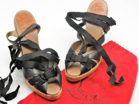 Christian Louboutin Women's Shoes Sz 9 Retail $595.00