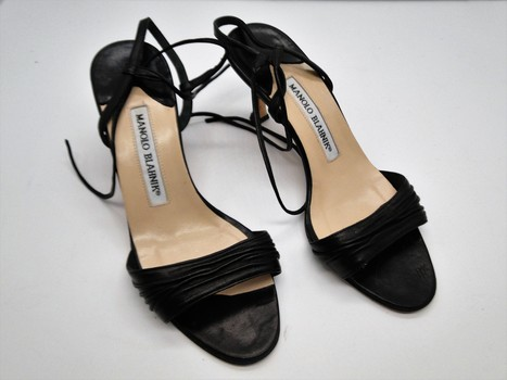Manolo Blahnik Women's Shoes Sz 5 MSPR $499