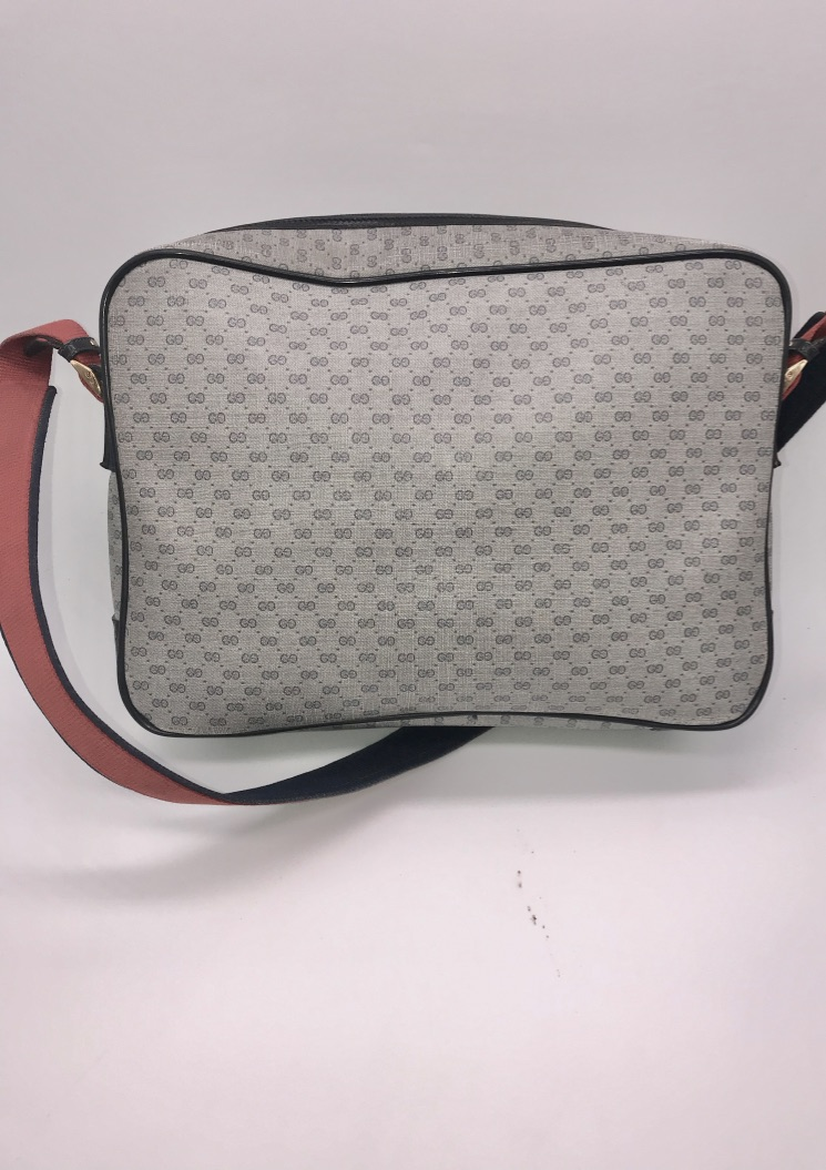 0654c5e7a9e Gucci Handbag Micro Monogram Navy Blue Canvas Leather MSRP  1500 ...