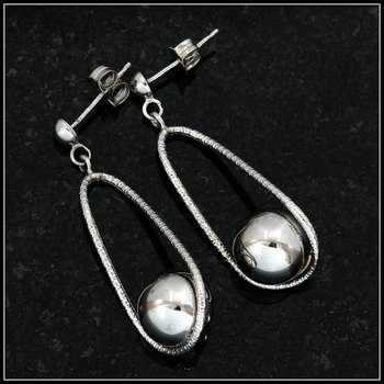 10k White Gold Earrings