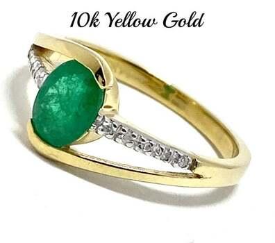 10k Yellow Gold, 0.05ct Genuine Diamond & 0.75ct Emerald Ring Size 7