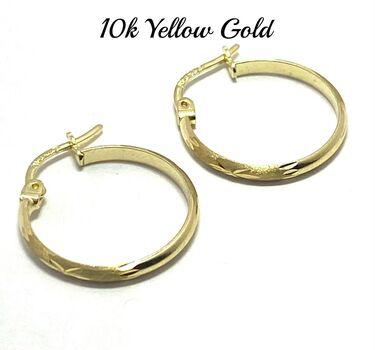 "10k Yellow Gold 3/4"" in Diameter Hoop Earrings Beautifully Dainty"