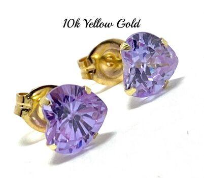 10k Yellow Gold 6mm Heart Cut lilac Amethyst Stud Earrings Beautifully Dainty
