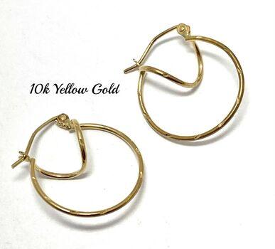 "10k Yellow Gold Hoop Earrings 9/16"" in Diameter Beautifully Dainty"