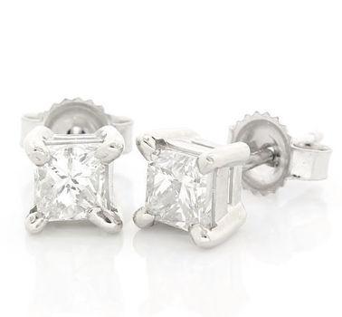 14 kt. White Gold  1.01ctw  Diamond  Earrings