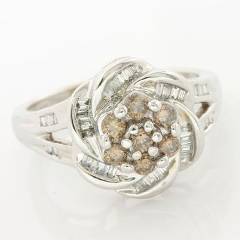 14k White Gold 0.35ctw Fancy Brown Diamond Ring Size 6.5