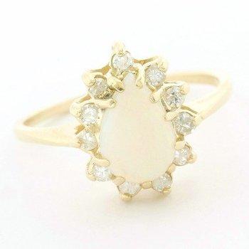 14k Yellow Gold 1.35ctw Genuine Opal & 0.20ctw Genuine Diamond Ring Size 6.75