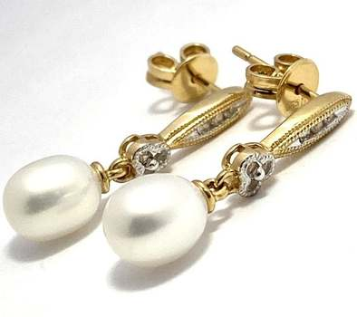 Authentic Lorenzo .925 Sterling Silver, 5-6mm Fresh Water Pearl & 0.07ctw White Topaz Earrings