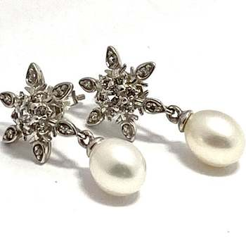 Authentic Lorenzo .925 Sterling Silver, 6mm Fresh Water Pearl & 0.25ctw White Topaz Earrings