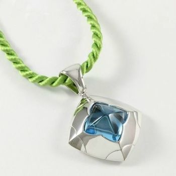 "Estate Authentic Bvlgari Solid 18K White Gold Blue Topaz ""Piramide"" Necklace (BV31)"