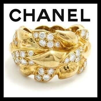 Estate CHANEL   18K Yellow Gold Leaf Motif Diamond Ring sz 4