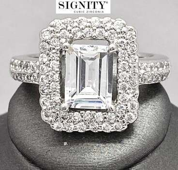 """NO RESERVE Celebrity Jewelry Collection .925 Sterling Silver, 6.50ctw """"SIGNITY STAR"""" Cubic Zirconia  Ring Size 7"""
