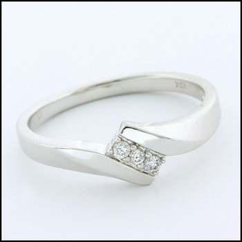 Solid 10k White Gold, 0.05ctw Genuine Diamond Ring Size 6.75