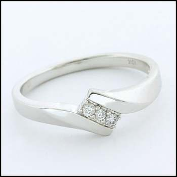 Solid 10k White Gold, 0.05ctw Genuine Diamond Ring Size 6.75