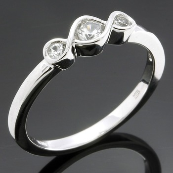 Solid 10k White Gold, 0.14ctw White Sapphire Ring sz 6 3/4