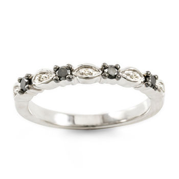 Solid 10k White Gold, 0.16ctw Genuine Diamonds Ring size 6.75
