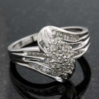 Solid 10k White Gold, 0.20ctw Genuine I-I1 Diamonds Ring size 7