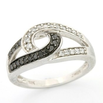 Solid 10k White Gold, 0.25ctw Genuine Black & White Diamonds Ring sz 7