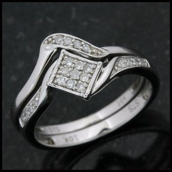 Solid 10k White Gold, 0.25ctw Genuine Diamonds Engagement Set of Two Rings size 7