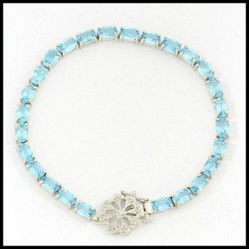 Solid 10k White Gold, 19.55ctw Genuine Diamonds & Blue Topaz Bracelet