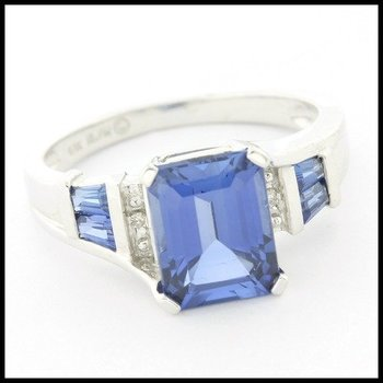 Solid 10k White Gold 3.00ctw Sapphire & 0.015ctw Genuine Diamond Ring Size 7
