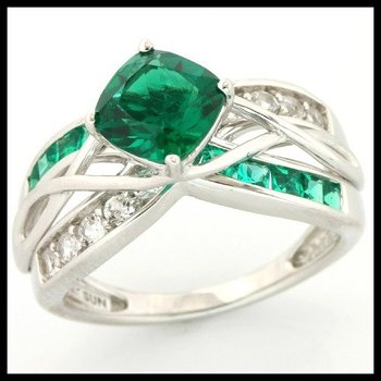 Solid 10k White Gold, 3.15ctw Emerald & White Topaz Ring size 7